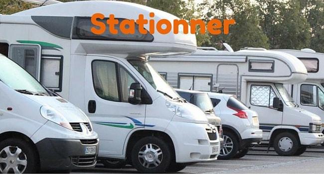 stationner-en-camping-car