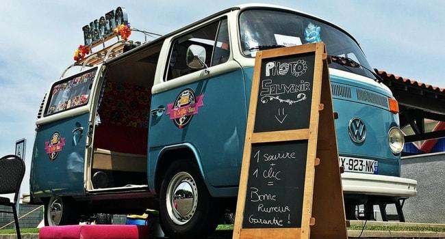 Un-camping-car-ce-nest-pas-que-pour-les-vacances_Selfie-Bus
