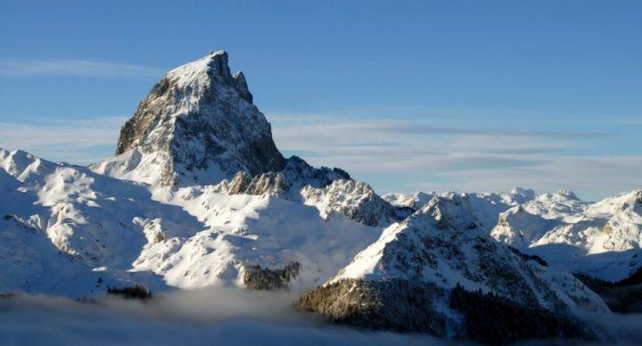 ski et les Pyrenees Occidentales en camping-car