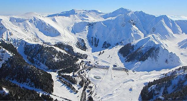 Ski dans le Massif Central en camping-car station le Mont Dore