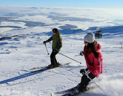 Ski dans le Massif Central en Camping-car