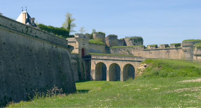 La route des vins du Médoc en camping-car_Citadelle-Blaye