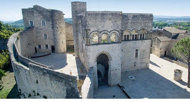 Chateau-des-Adhemar-Montelimar