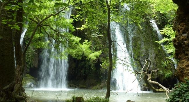 La route des vins de Provence en camping-car_Cascade-Grand-Baou-LeVal