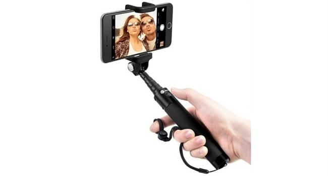 Le selfie stick
