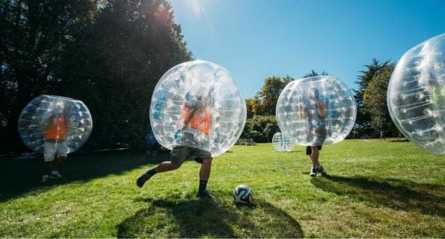 bubble-foot-activite-insolite