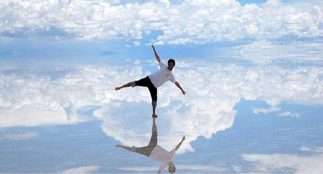 photo trompe l'oeil marche sur l'eau