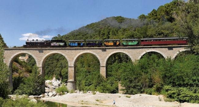 train-a-vapeur-cevenne-camping-car