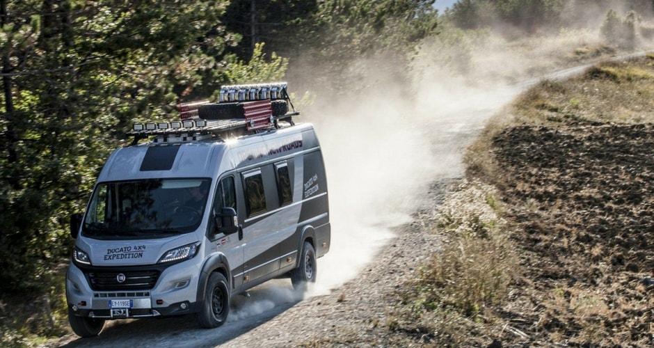 Le Top Des Camping Cars Tout Terrain Pour Partir à L Aventure