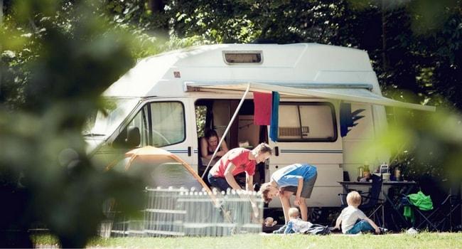 camping-car-vacances-enfants