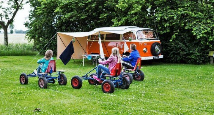 enfants-et-camping-car