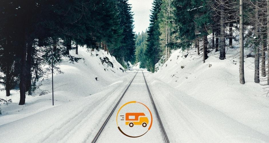 conduite-sur-la-neige-en-camping-car