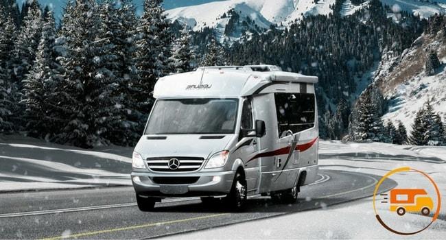 conduite-sur-neige-en-camping-car