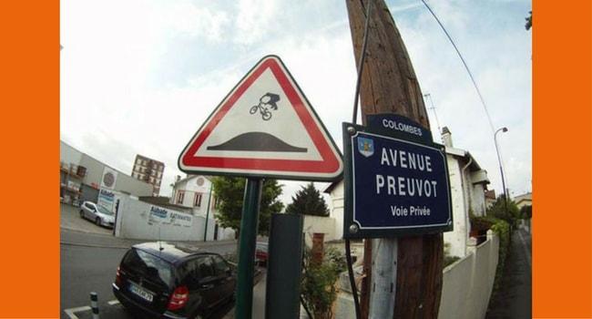 Panneaux routiers insolites 2
