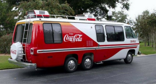 camping-car-gmc-coca-cola
