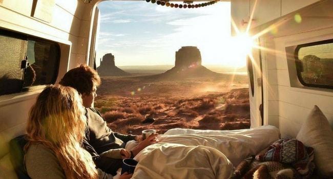La Saint-Valentin en camping-car_Petit déjeuner