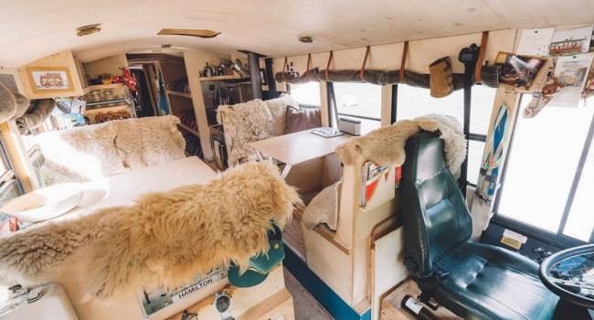 living-room-bus