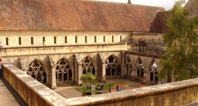 abbaye-de-noirlac