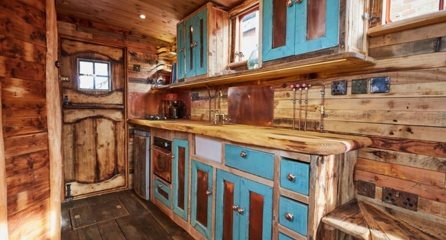 awesome-motorhome-conversion