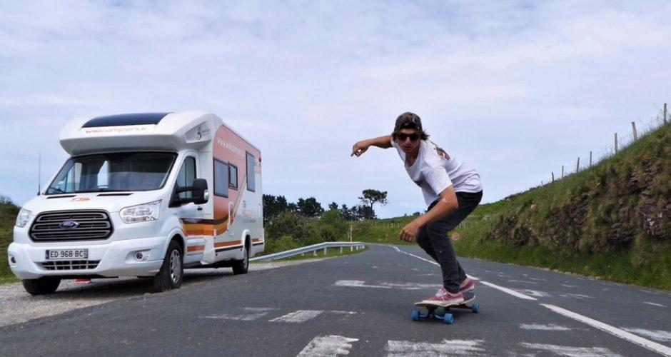 longskate et camping-car