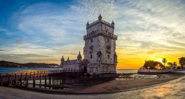 Top-5-des-destinations-2017-en-camping-car_Portugal