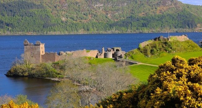 En route vers l'Écosse en camping-car_Urquhart-LochNess