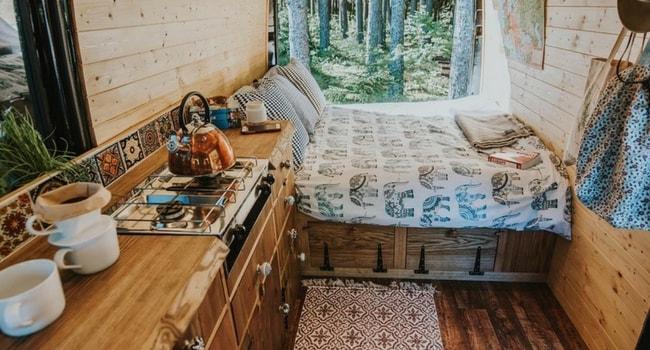 Idées de décoration intérieure pour votre camping-car_Habillement