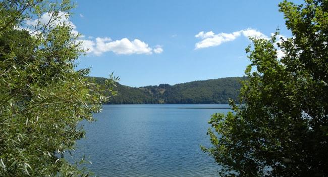 Les plus beaux lacs de baignade en France_Issarles