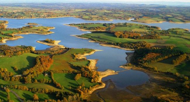 Les plus beaux lacs de baignade en France_Pareloup