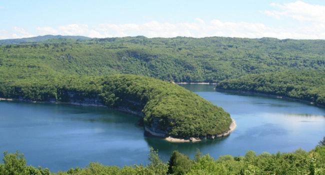Les plus beaux lacs de baignade en France_Vouglans