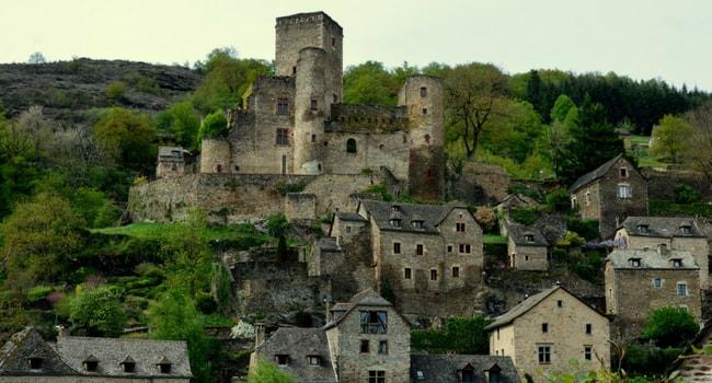 En route vers l'Aveyron en camping-car_Belcastel