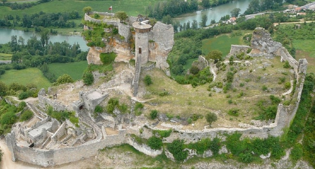 En route vers l'Aveyron en camping-car_Château de Peyrelade