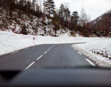 conduite_sur_neige_en_camping_car