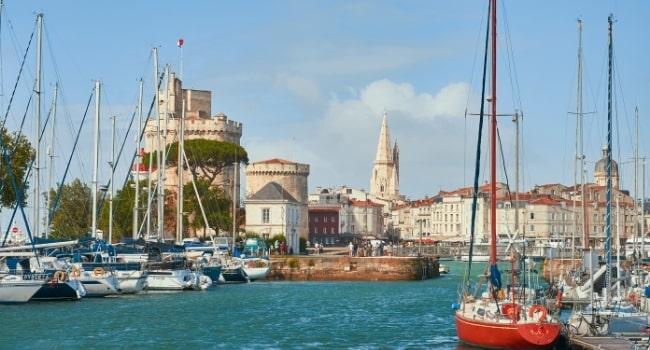 top-5-regions-francaises-en-camping-car_charente-maritime-la-rochelle