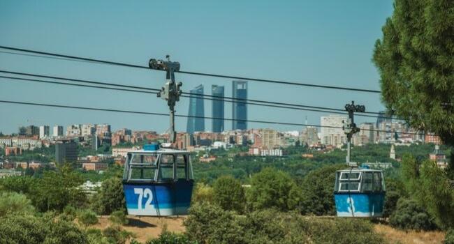 En route vers Madrid et sa région en camping-car_Téléphérique