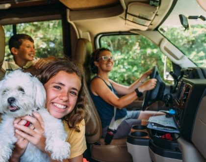 wikicampers-enfants-en-camping-car