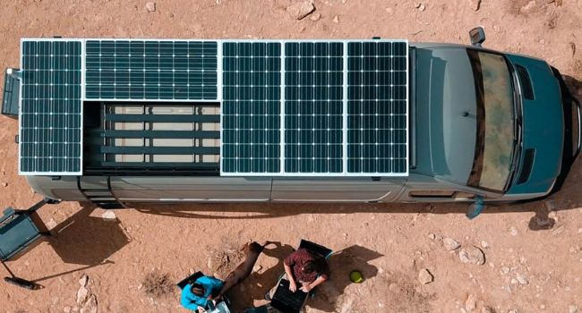 Installation-panneau-solaire-van