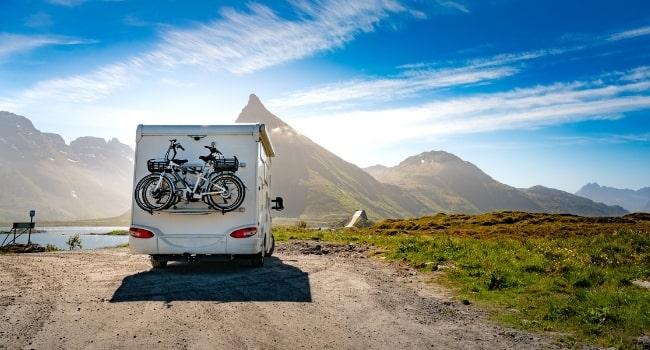 s-evader-en-camping-car-voyager-en-liberte