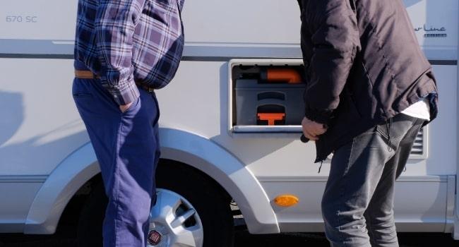 cassette_nettoyer_les_cuves_de_son_camping_car