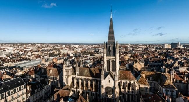 partir-en-aout-en-france_dijon-bourgogne-route-des-grands-crus