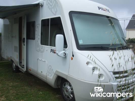 location camping car int gral quiberon 56 fiat pilote aventura wikicampers. Black Bedroom Furniture Sets. Home Design Ideas