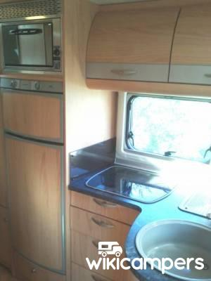 location camping car capucine la rochelle 17 fiat burstner levanto a576 wikicampers. Black Bedroom Furniture Sets. Home Design Ideas