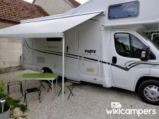 location camping car tours sur marne fiat fiat pilote aventura a650 aega. Black Bedroom Furniture Sets. Home Design Ideas