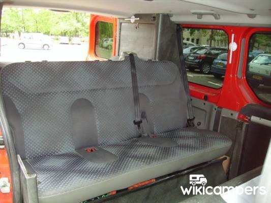 location van saint paul de varces 38 renault autre trafic passenger l2h1 wikicampers. Black Bedroom Furniture Sets. Home Design Ideas