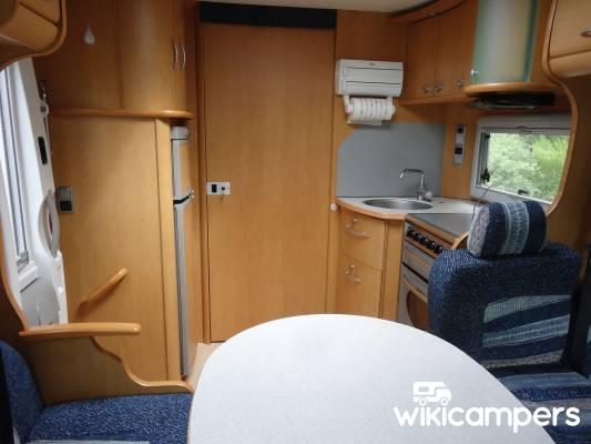 location camping car villeneuve sur lot mercedes pilote g713 lj v. Black Bedroom Furniture Sets. Home Design Ideas