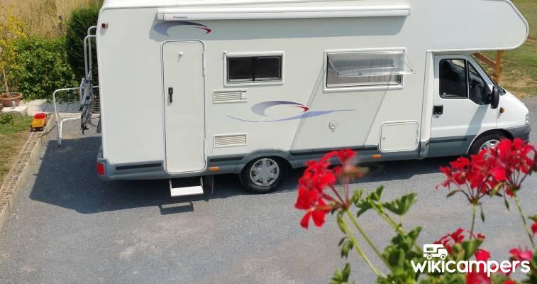 location camping car capucine ch teau thierry 02 fiat challenger fiat ducato 2 8l jtd. Black Bedroom Furniture Sets. Home Design Ideas