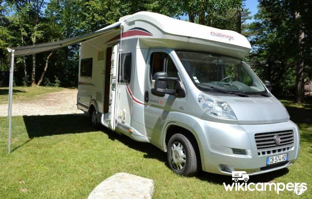 location camping car boulogne billancourt fiat challenger genesis 36. Black Bedroom Furniture Sets. Home Design Ideas