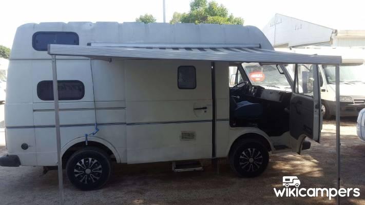 location fourgon bois d 39 arcy 78 volkswagen autre lt35 wikicampers. Black Bedroom Furniture Sets. Home Design Ideas