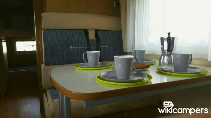 location camping car saint priest ford rimor koala 49. Black Bedroom Furniture Sets. Home Design Ideas