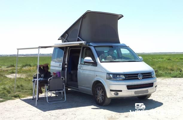 location van garges l s gonesse 95 volkswagen california t5 comfort 180cv 4x4 wikicampers. Black Bedroom Furniture Sets. Home Design Ideas